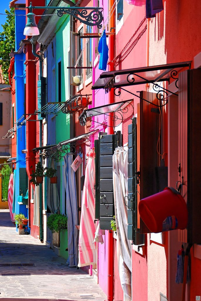 Burano_colorful houses