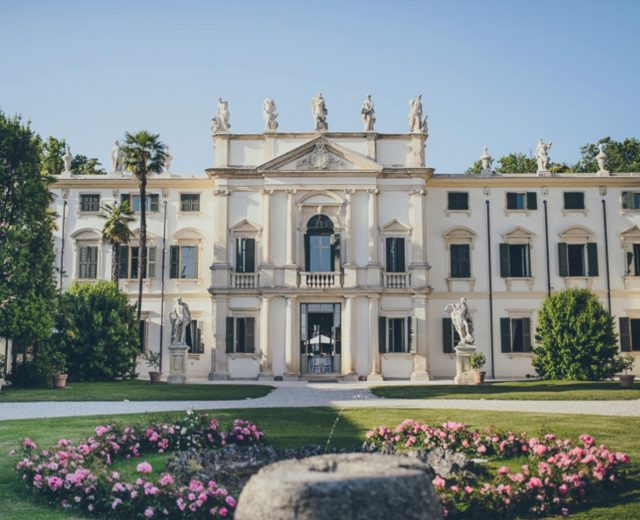 Villa Mosconi Bertani 1