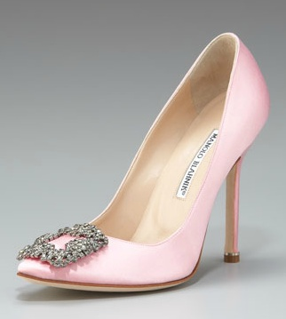 Manolo Blahnik Hangisi Satin Pump in Light Pink Carrie