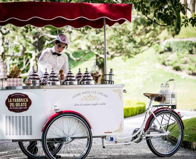 villa-balbianello-ice-cream-wedding-lake-como-old-fashion (13)
