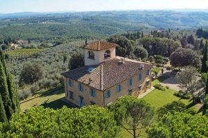 Classic Renaissance villa surrounded by vineyards & olive groves overlooking Florence
