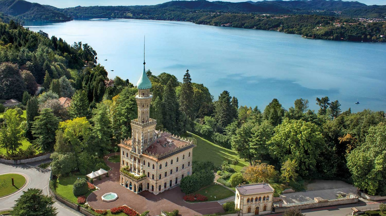 Luxury Hotel & Gourmet Restaurant on the Orta lake