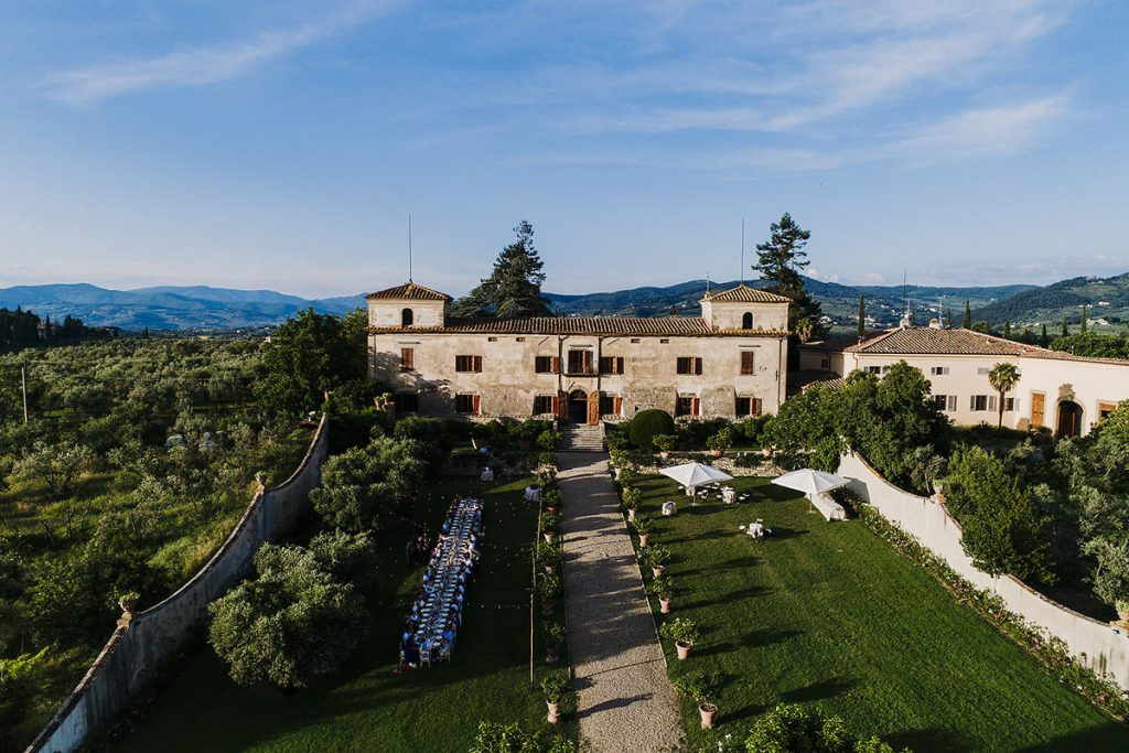 Tuscan villa to get married in Florence. destination wedding in Florence