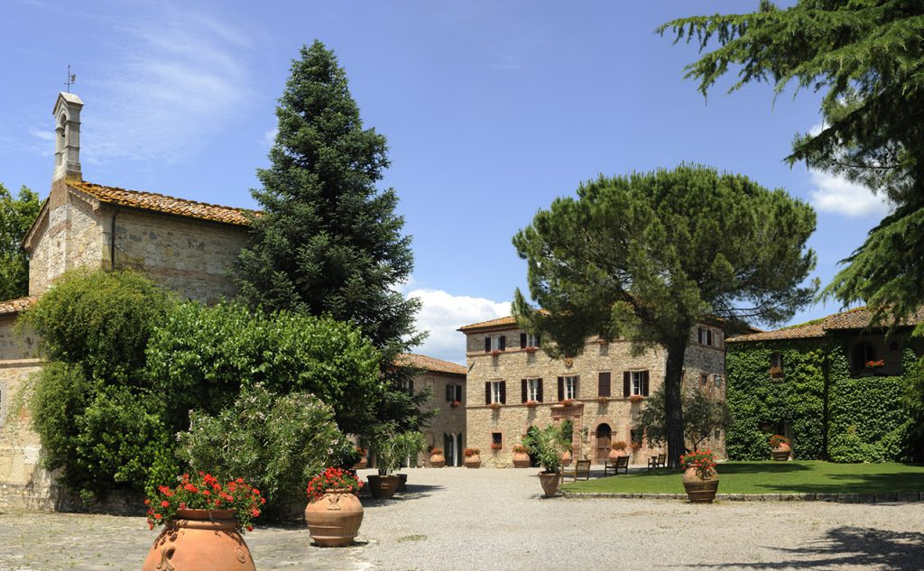 village wedding in Tuscany. village for getting married in tuscany destination wedding in tuscany
