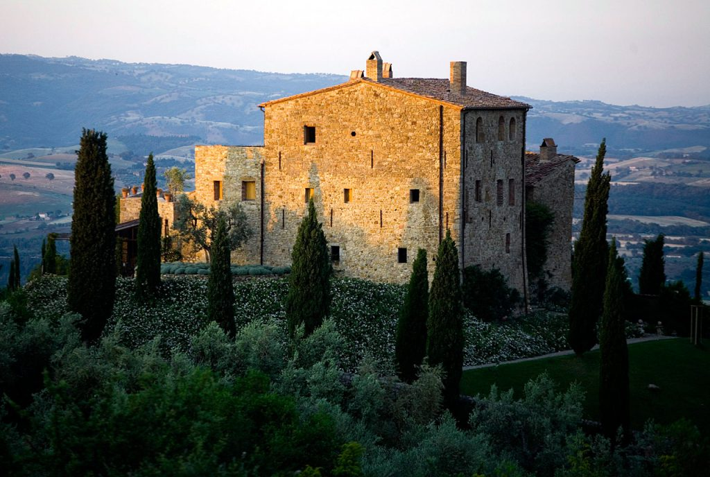castello di vicarello wedding destionation wedding in tuscany getting married in tuscany