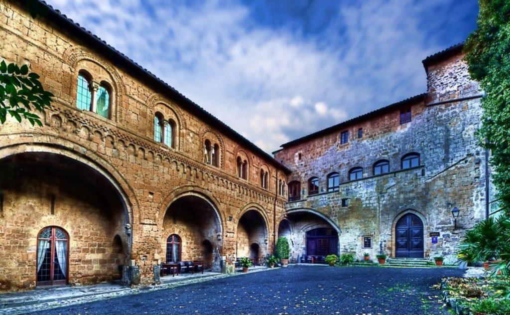 destination wedding in umbria - getting married in umbria umbria wedding